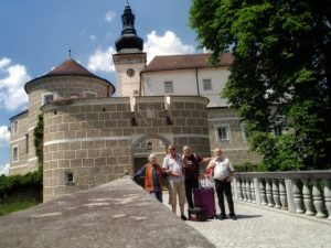 Matthew with mother Britta, and friend Rudi and Sigi, at the castle gatres.